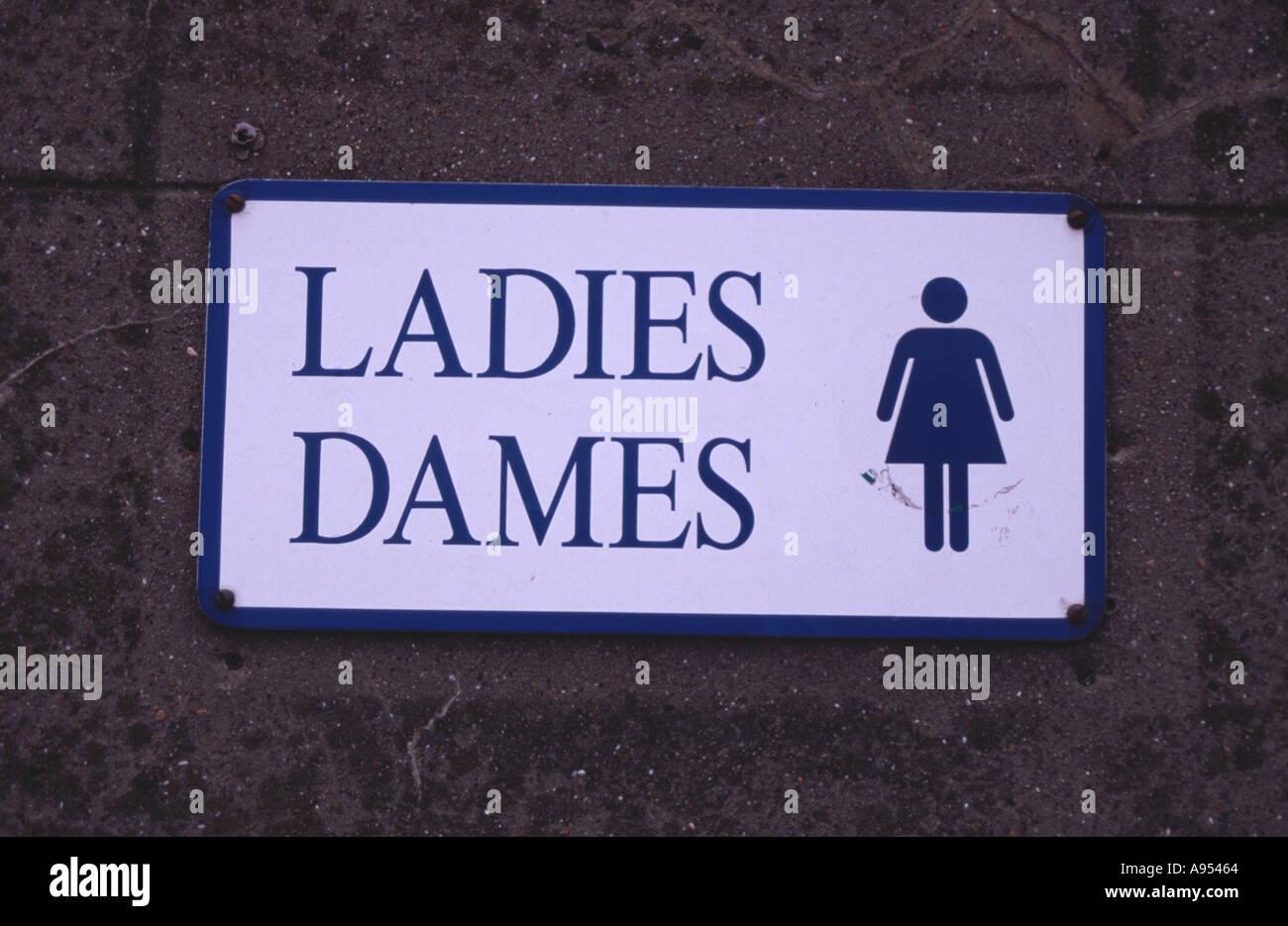 Damen öffentliche Toilette Schild In Englisch Und Französisch