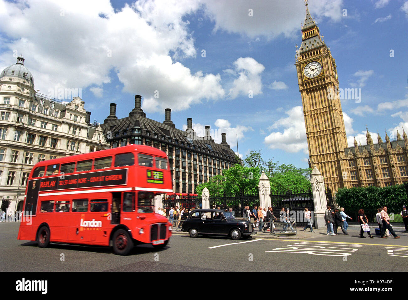 bergeben sie big ben ein londoner bus und taxi big ben. Black Bedroom Furniture Sets. Home Design Ideas