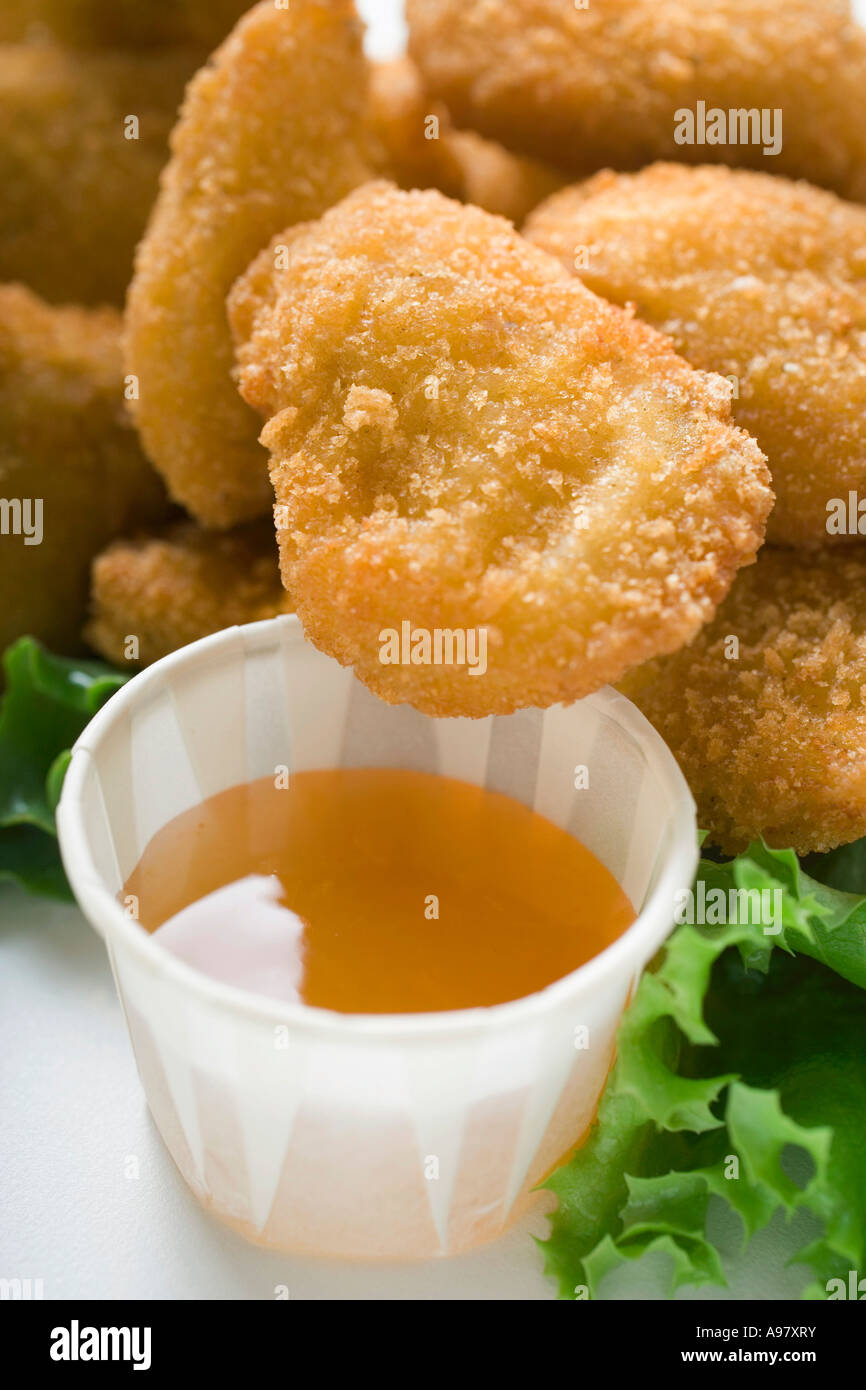 Chicken Nuggets Mit Süß Sauer Soße Foodcollection Stockfoto Bild