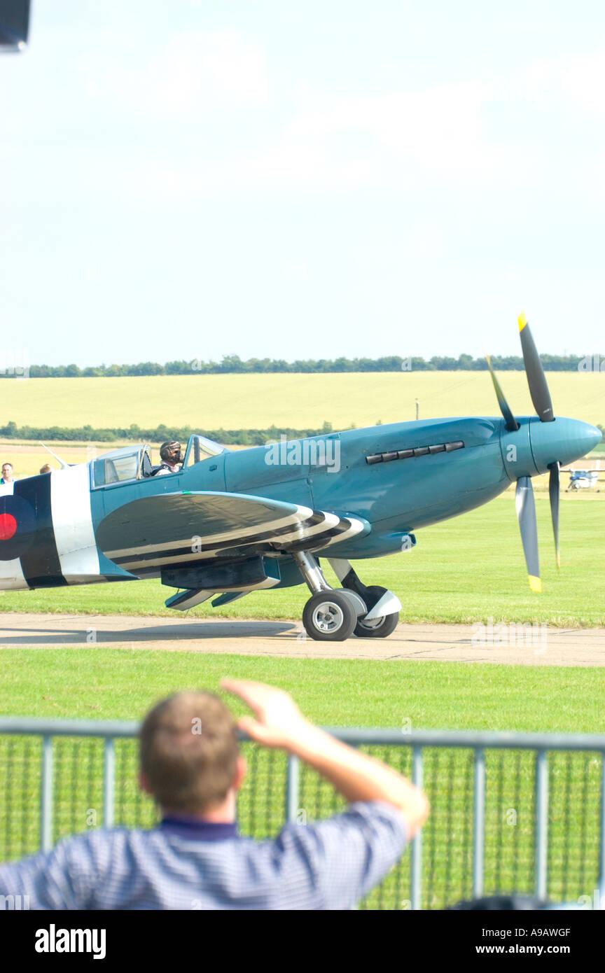 Spitfire Contra drehenden propeller Stockbild