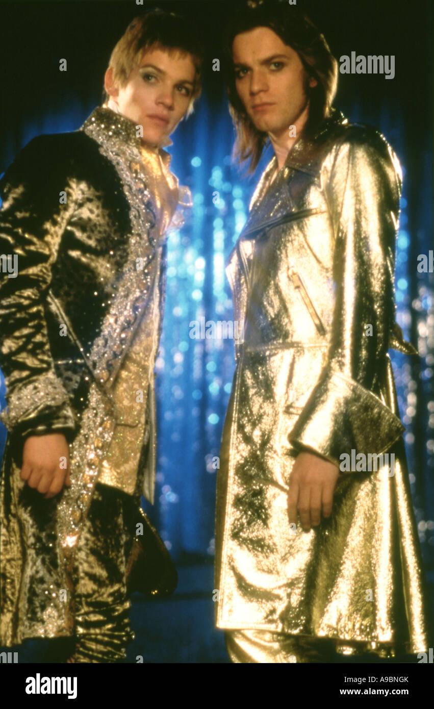 VELVET GOLDMINE - Film 1998 vier / Zenith film mit Jonathan Rhys-Myers auf der linken Seite und Ewan McGregor Stockfoto