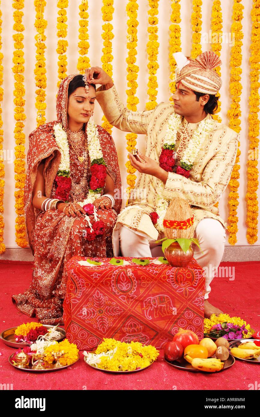 Indische Hochzeitszeremonie Stockfoto Bild 12424627 Alamy