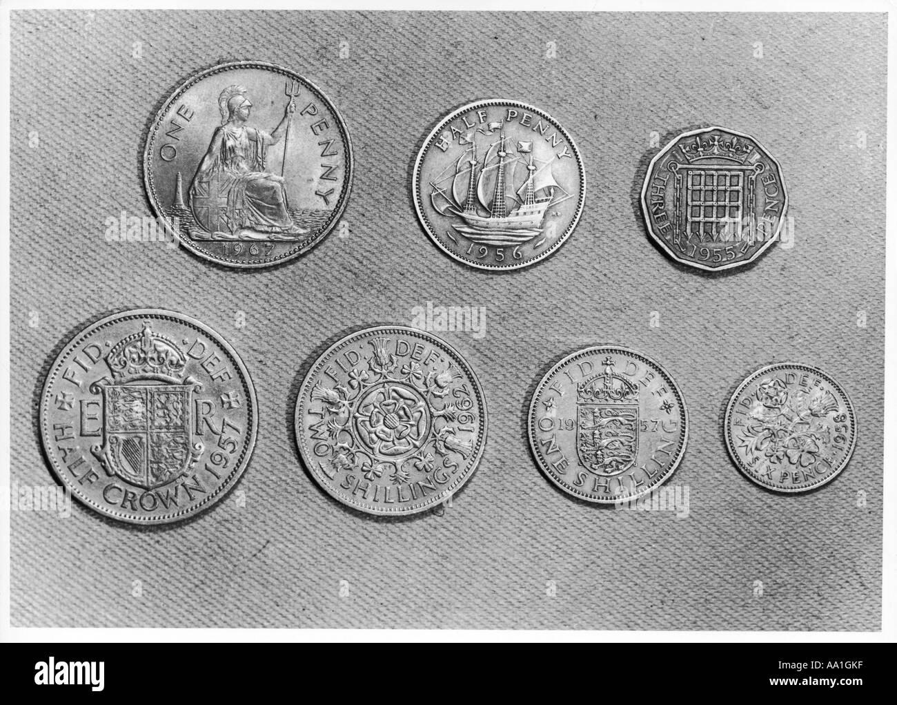 Alte Englische Münzen Stockfoto Bild 7133502 Alamy