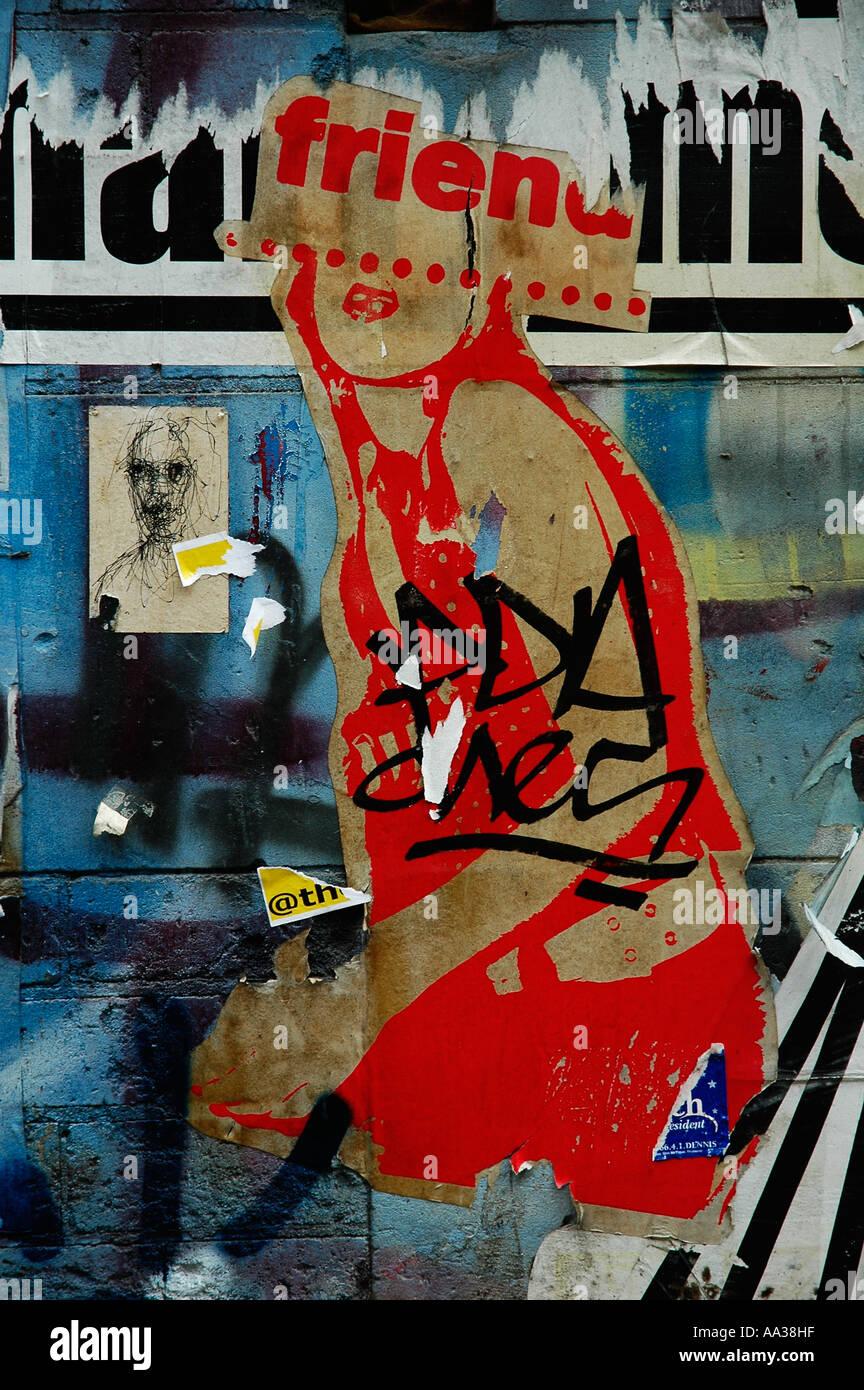 Graffiti mit zerrissenen Bilder Stockbild