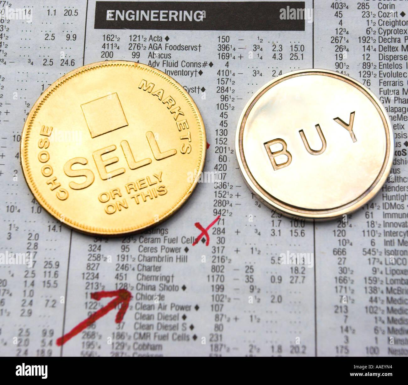 Equity-Investitionen durch das Werfen einer Münze Stockbild