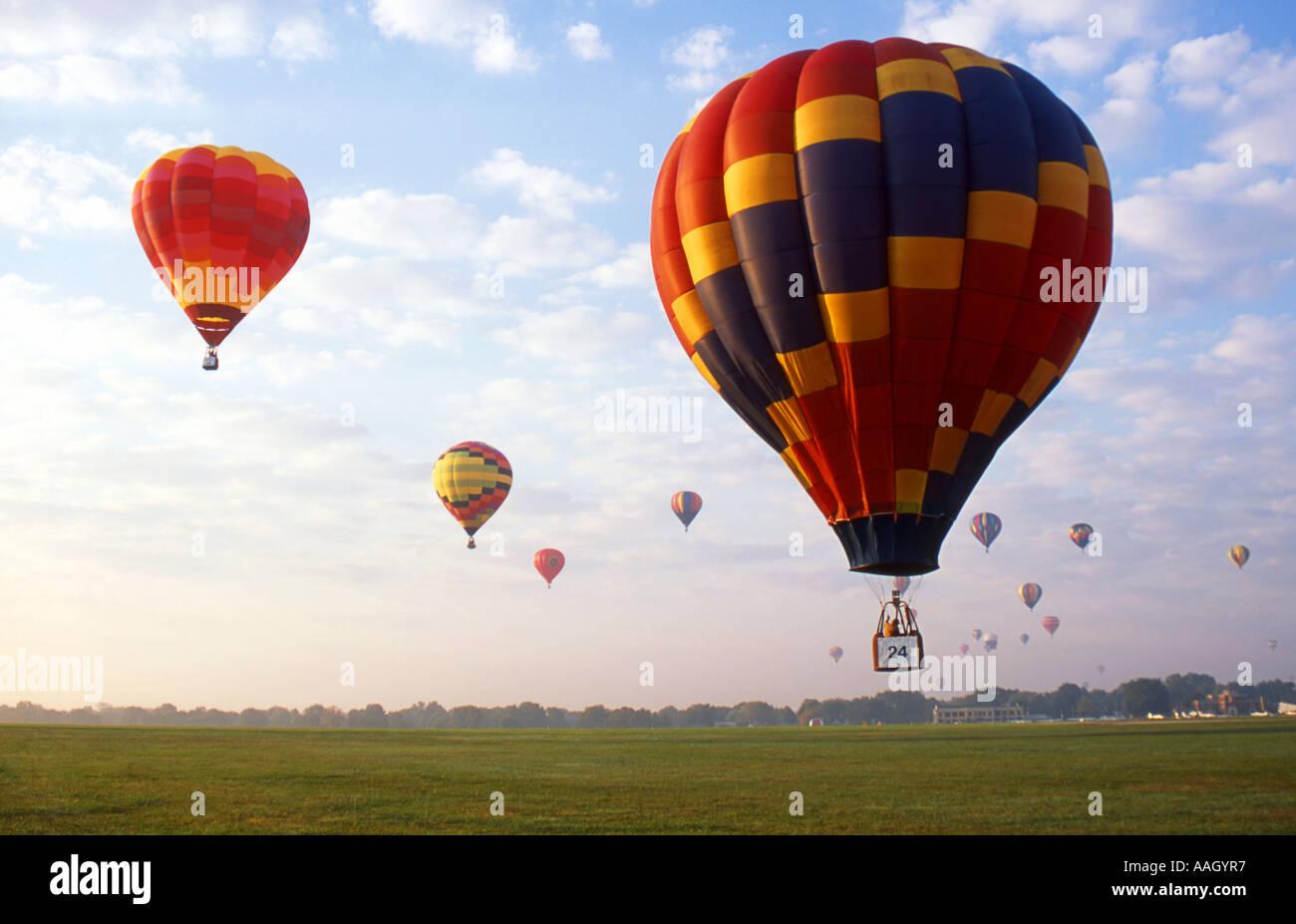 Heißluft-Ballon-Wettfahrt Stockfoto