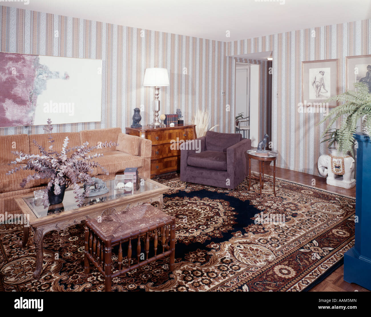 Vintage Home Decor Stockfotos & Vintage Home Decor Bilder - Alamy