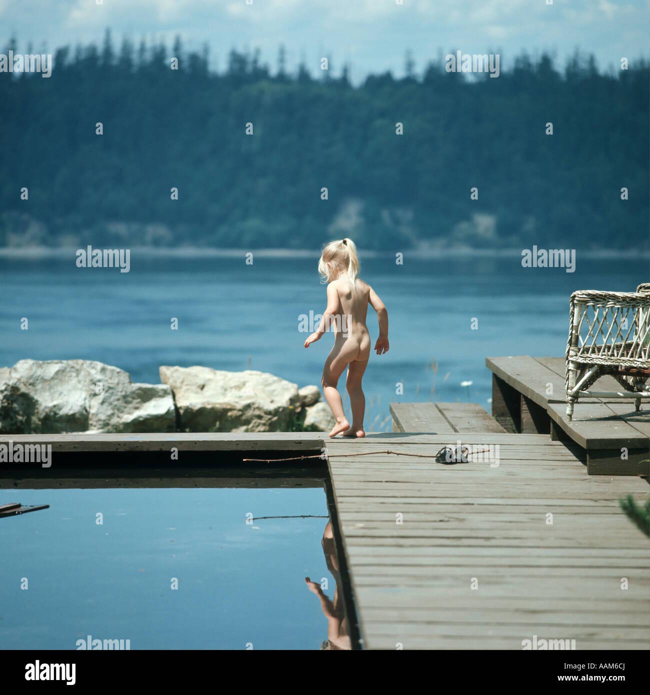 Nackte MäDchen Am See