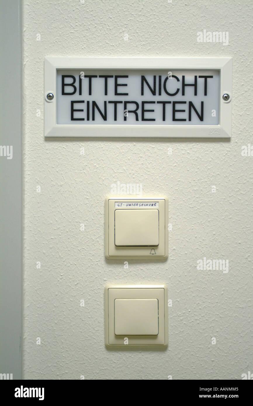 Please Enter Here Sign Stockfotos & Please Enter Here Sign Bilder ...