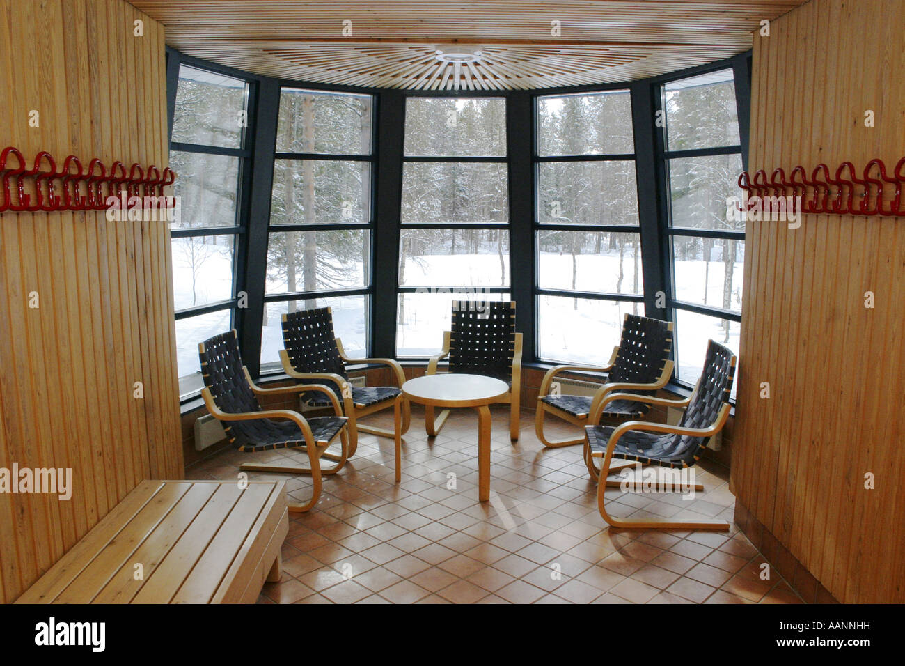 finland sauna snow stockfotos finland sauna snow bilder alamy. Black Bedroom Furniture Sets. Home Design Ideas