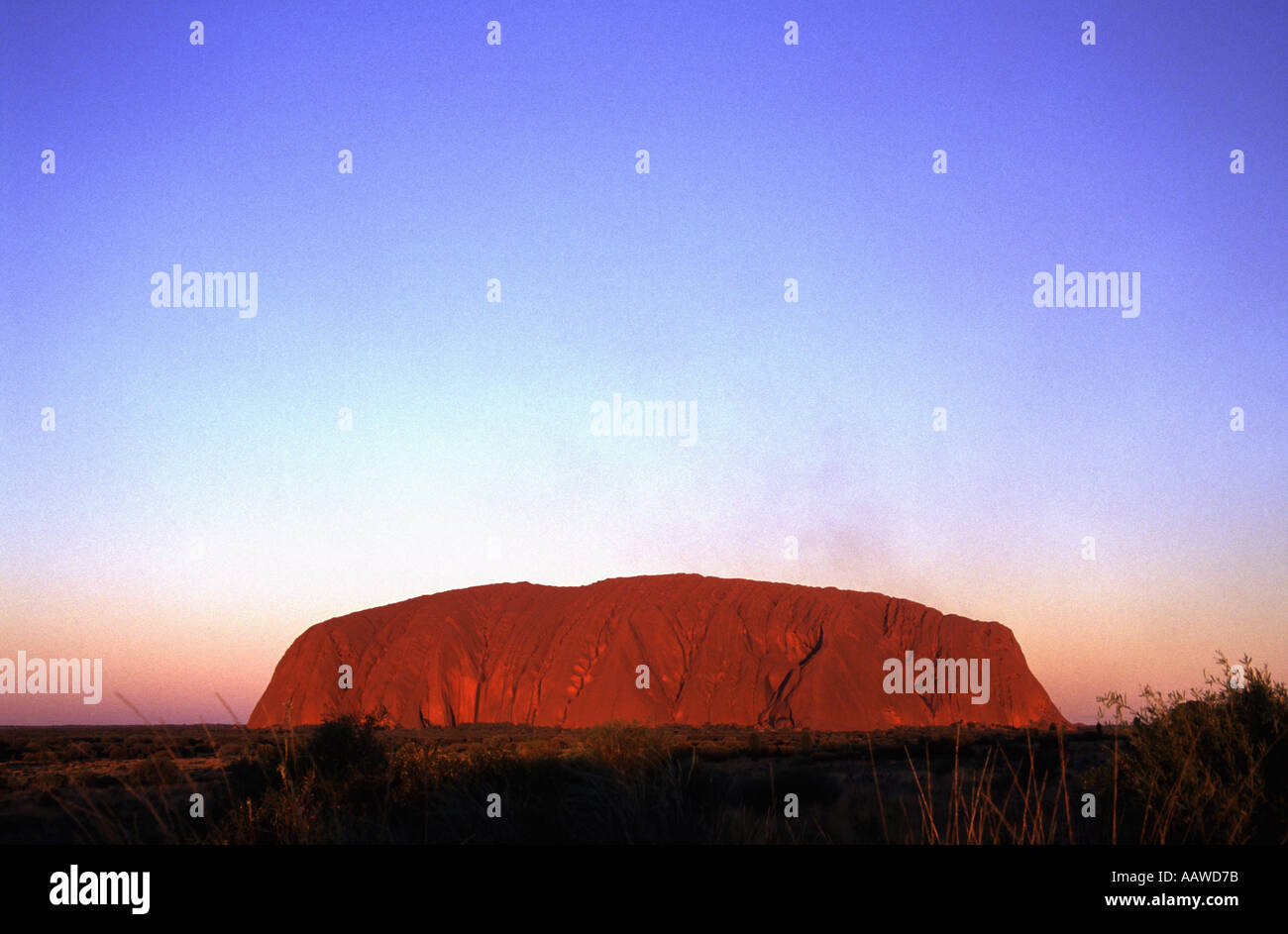 Uluru Ayers Rock im roten Zentrum nördlichen Territorien Australien Stockfoto
