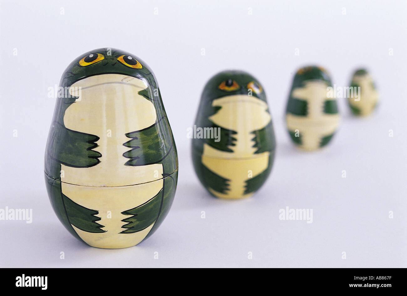 russian dolls toy stockfotos russian dolls toy bilder alamy. Black Bedroom Furniture Sets. Home Design Ideas