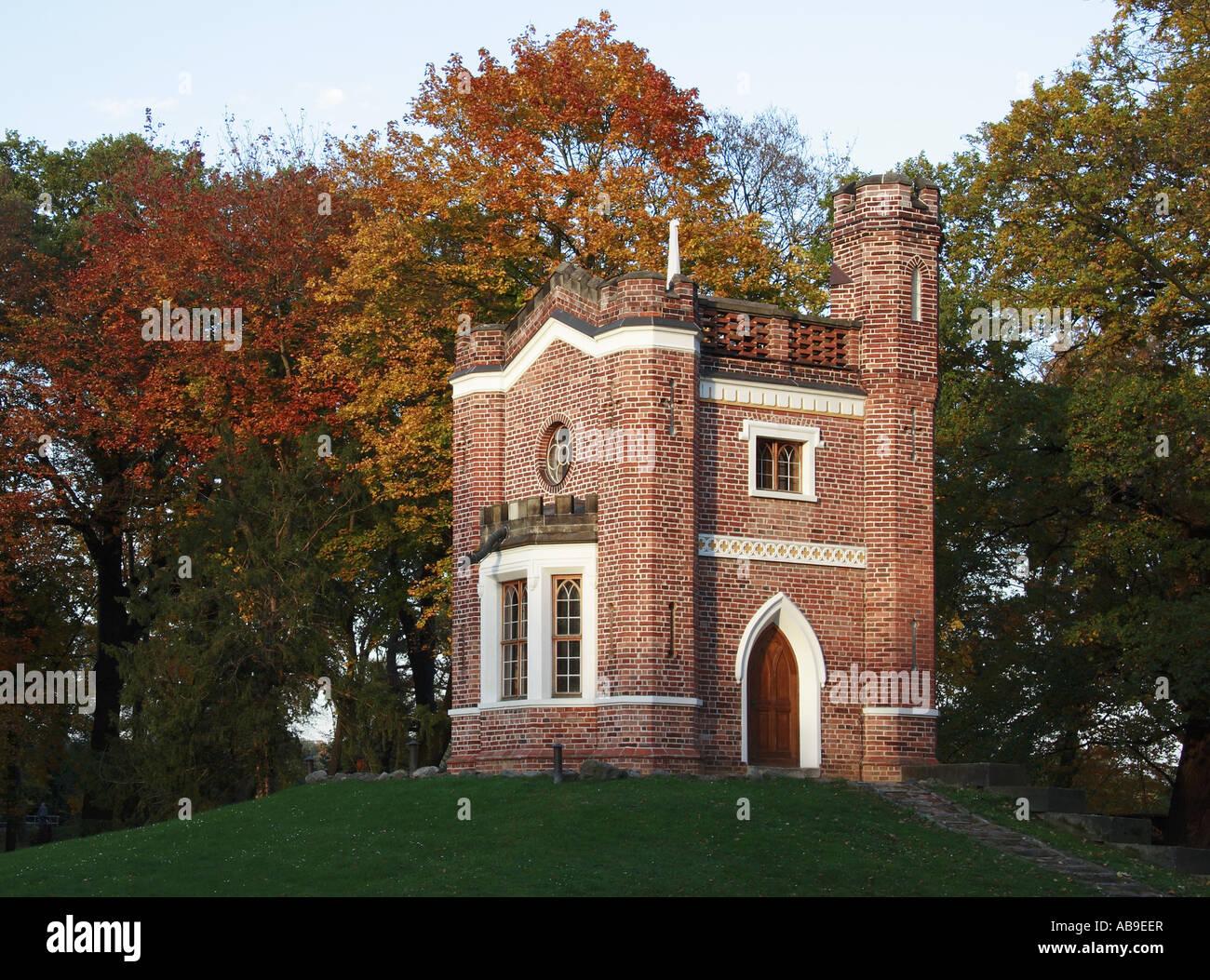 Park Luisium mit Schlange Haus Deutschland Sachsen