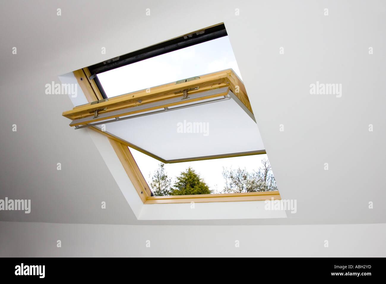 rollo fr velux dachfenster fabulous gesammelte kabel with rollo fr velux dachfenster excellent. Black Bedroom Furniture Sets. Home Design Ideas