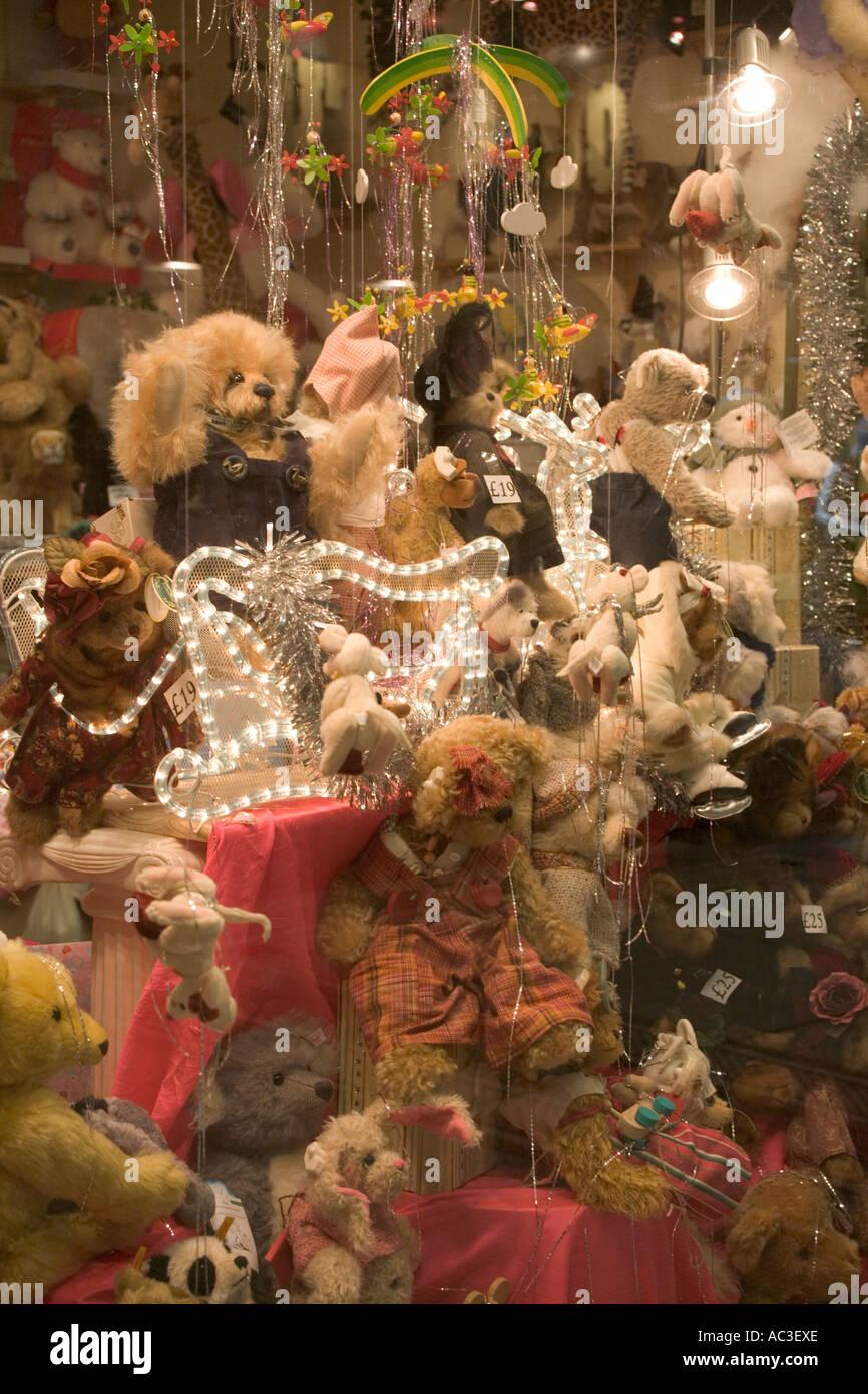 Gb Bilder Weihnachten.Teddy Bears In Shop Schaufenster Weiches Spielzeug Weihnachten