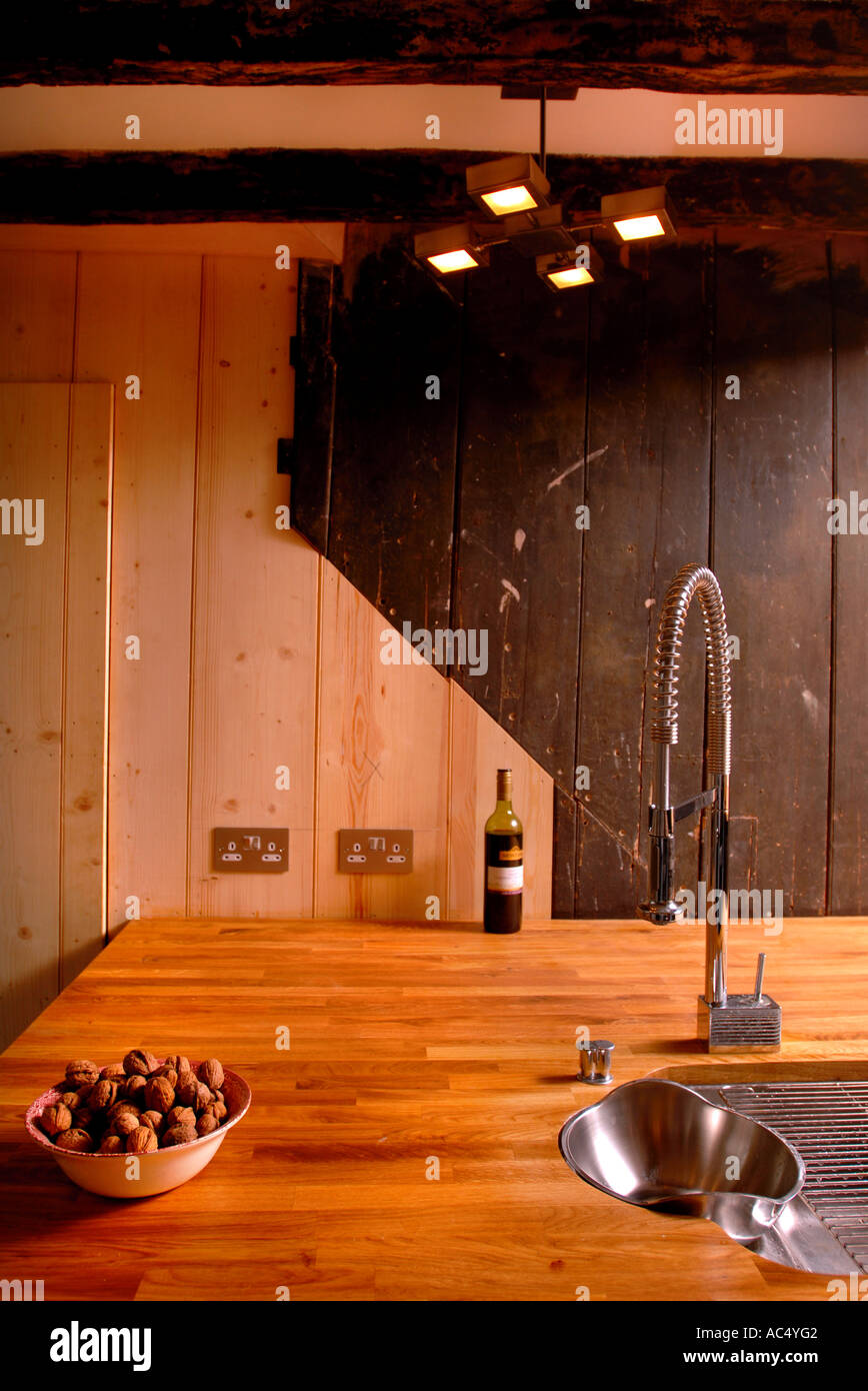 Walnut Panel Stockfotos & Walnut Panel Bilder - Alamy