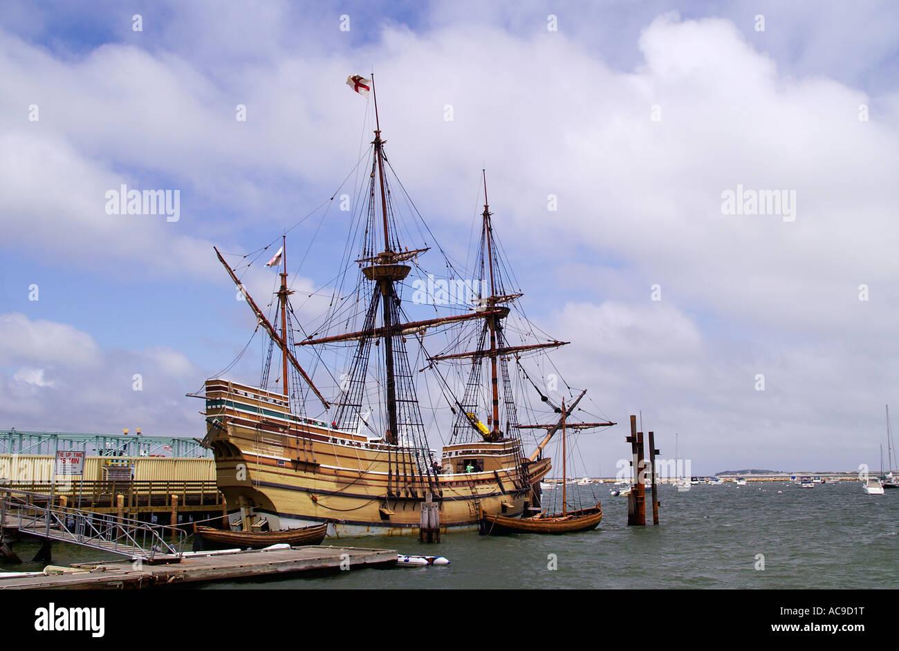 Nachbildung der Mayflower II im Hafen von Plymouth Stockbild