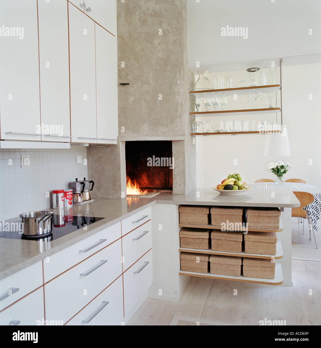 Ausgezeichnet Design Der Küche Kamin Zeitgenössisch - Küche Set ...