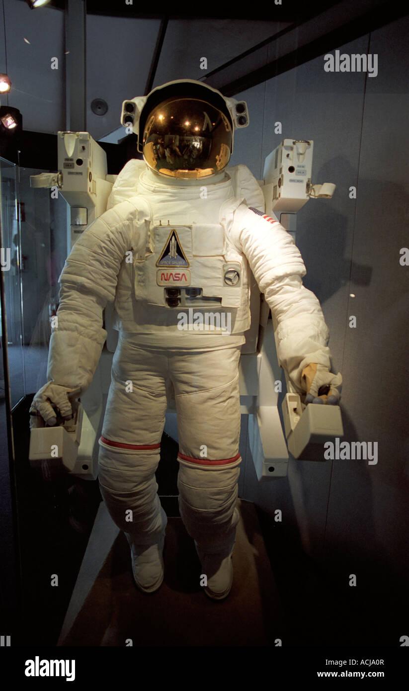 NASA-Raumanzug und EVA Kabelbaum Stockfoto, Bild: 13168294 - Alamy