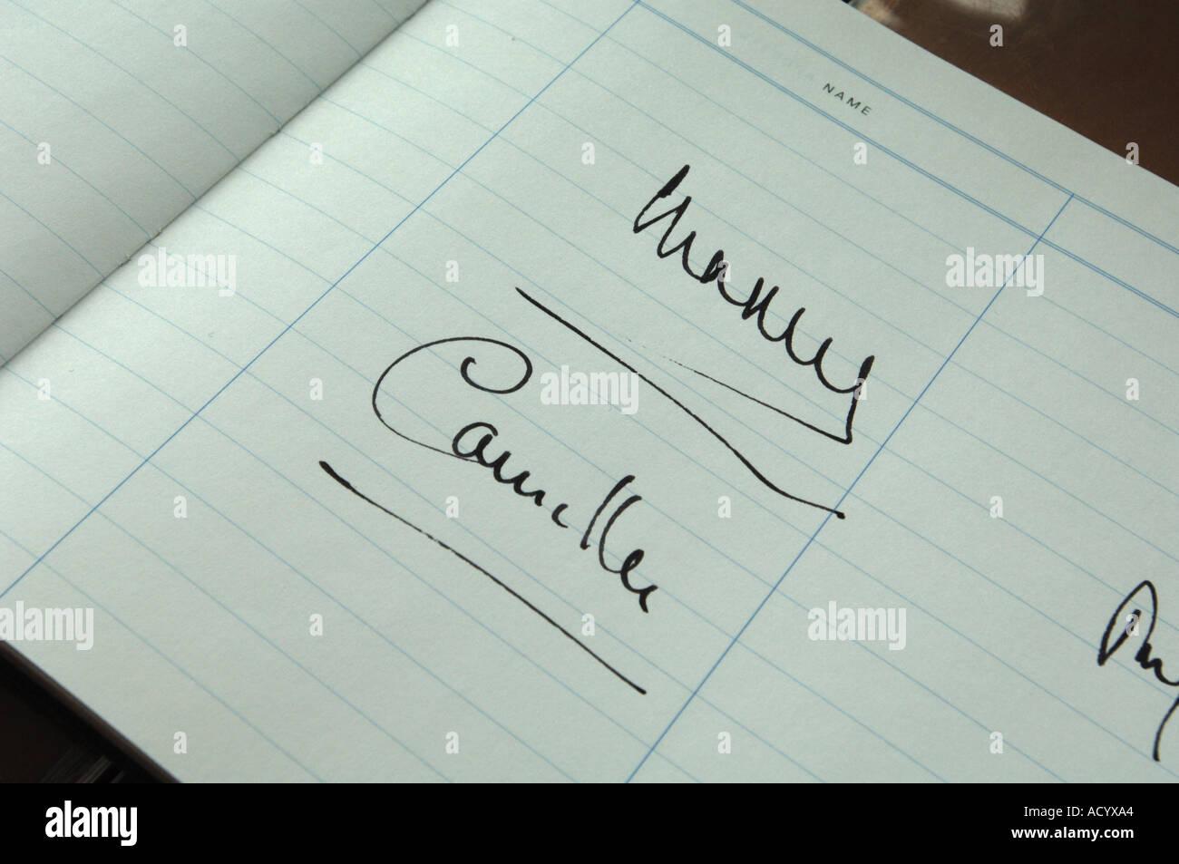 Signatur von Prinz Charles und Camilla Stockbild