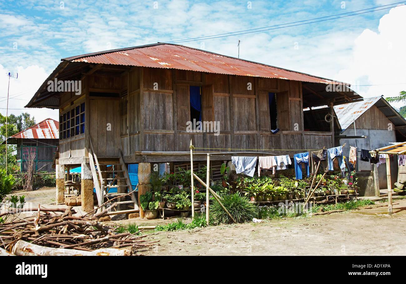 traditionellen holzhaus auf stelzen in sulawesi indonesien stockfoto bild 7587049 alamy. Black Bedroom Furniture Sets. Home Design Ideas