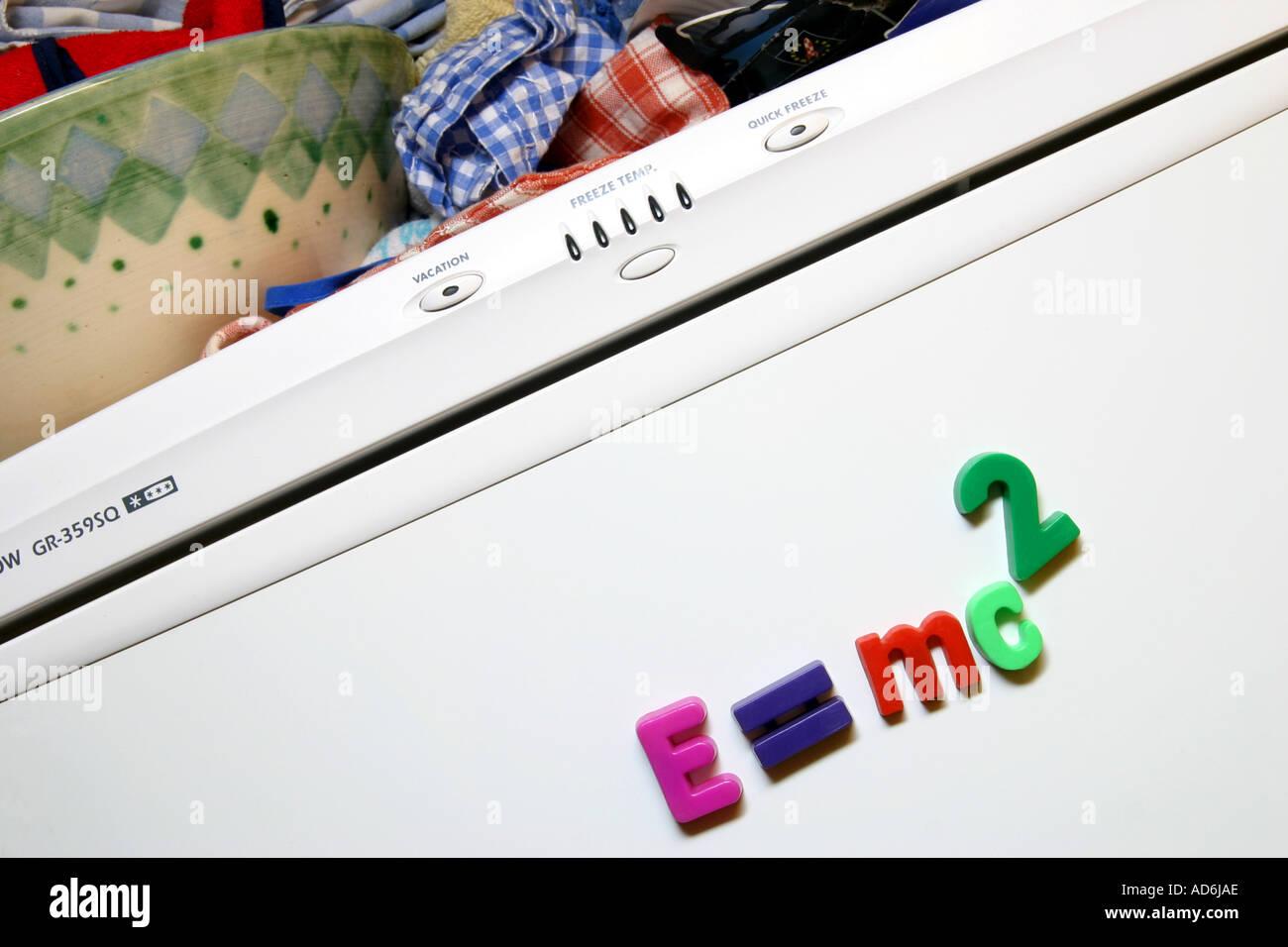 Kühlschrank Magnete : Kühlschrank magnete die rechtschreibung aus e mc2 albert einstien s