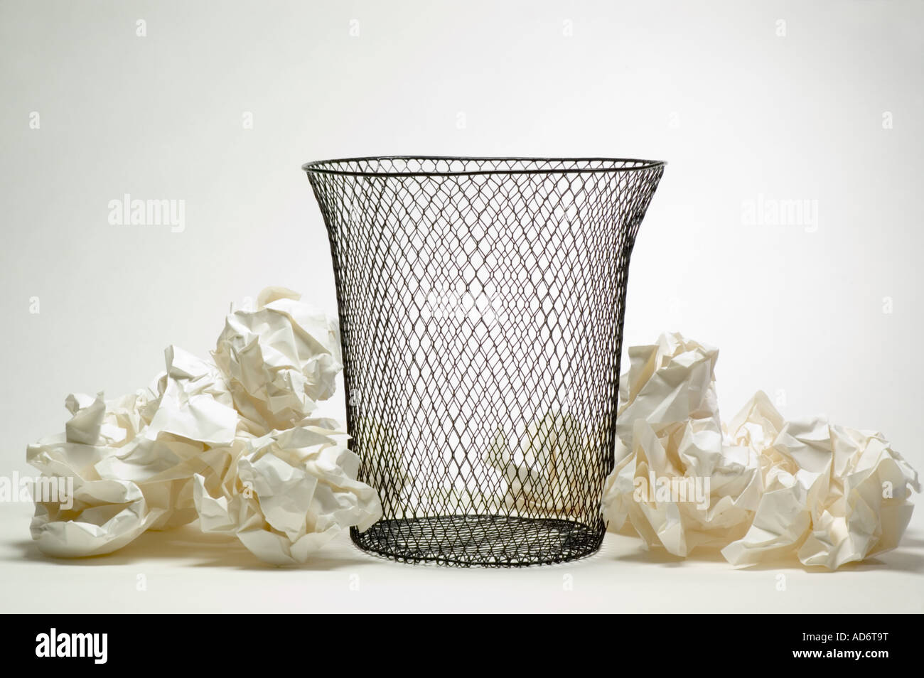 Litter Baskets Stockfotos & Litter Baskets Bilder - Alamy