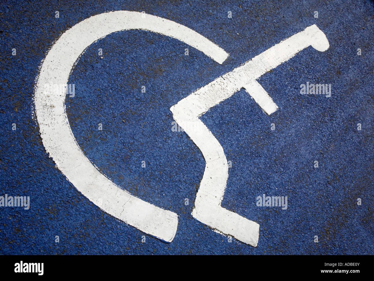 disabled sign in car parking stockfotos disabled sign in. Black Bedroom Furniture Sets. Home Design Ideas