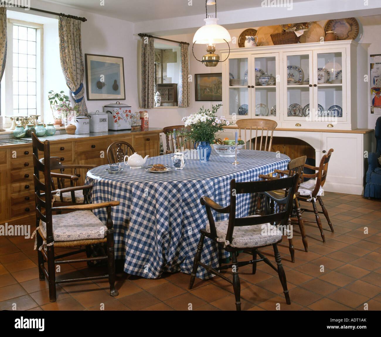 Großzügig Bauern Küchentisch Und Stühle Bilder - Küche Set Ideen ...