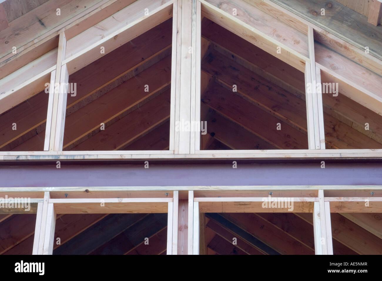 Aus Holz und Metall Gestaltung der Zimmer mit Kathedrale decken und ...
