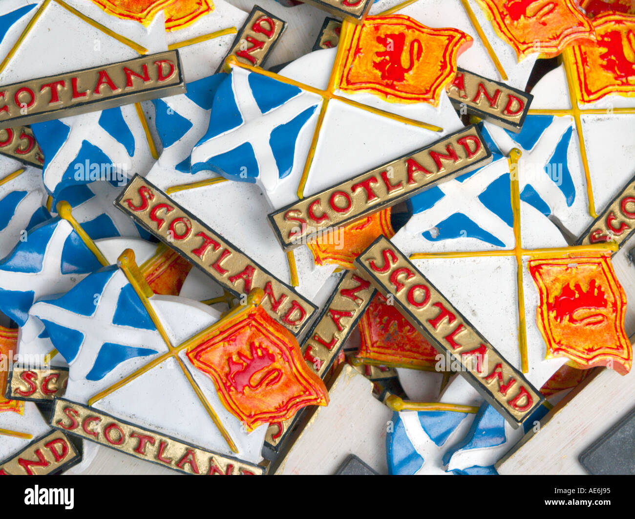 Scottish Souvenir Shop Edinburgh Stockfotos & Scottish Souvenir Shop ...