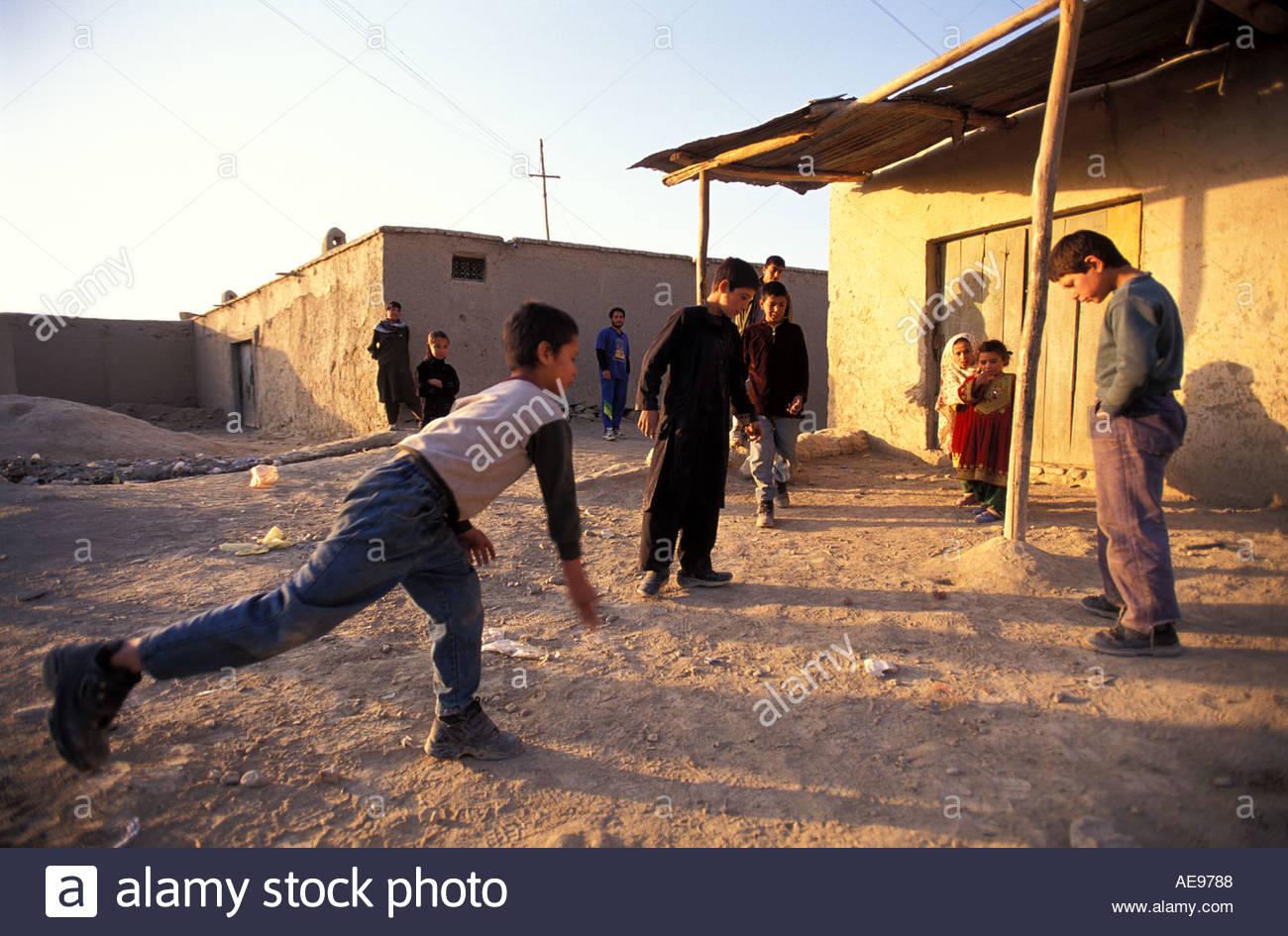 Kabul-Afghanistan spielende Kinder Stockbild