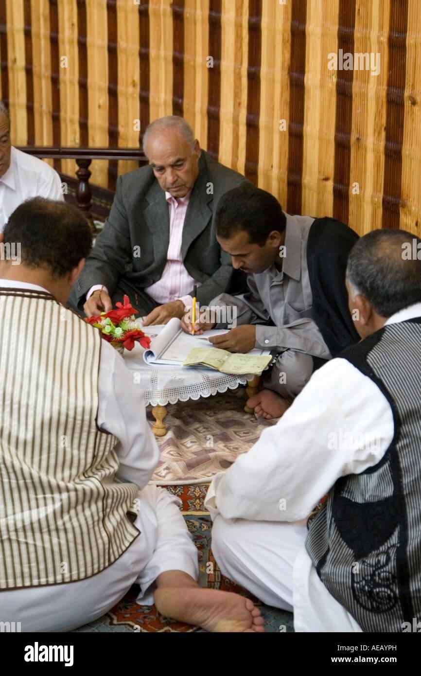 Tripoli Libyen Muslimische Hochzeitsfeiern Ein Scheich Oder Ma