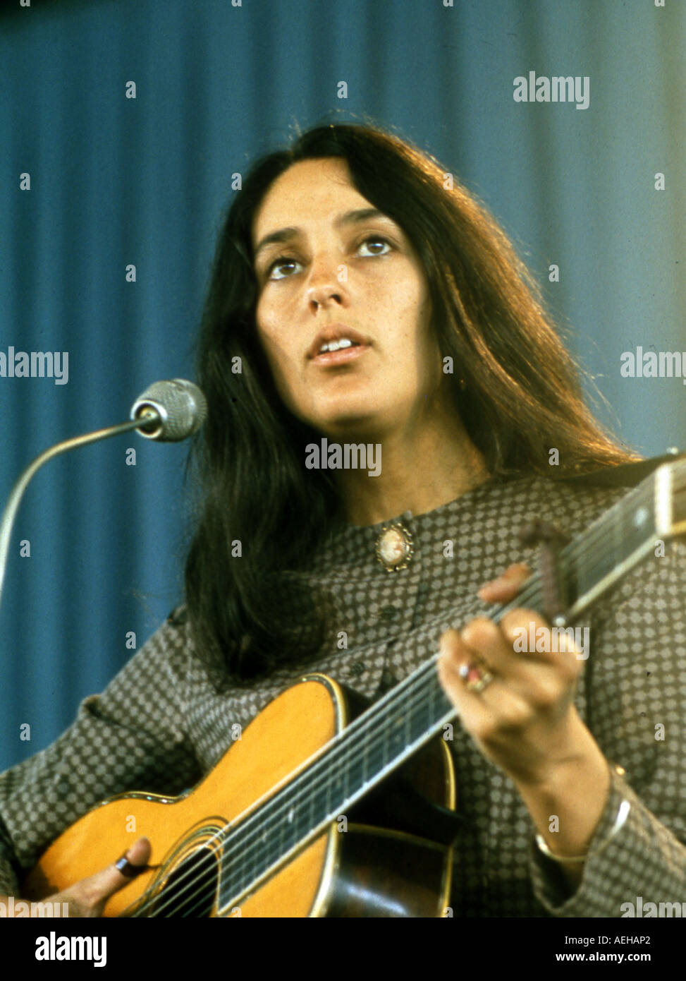 Folk-Sängerin JOAN BAEZ U.S. über 1966 Stockbild