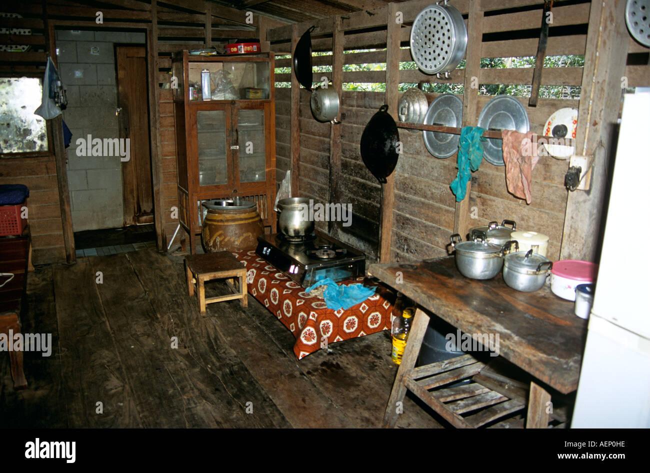 Küche im traditionellen Stil, Thai Haus der Holzkonstruktion, in der ...