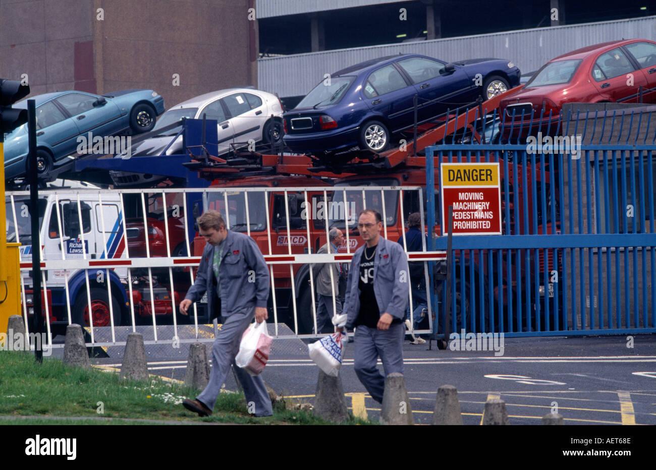 Arbeitnehmer Bei Longbridge Rover Bmw Automobilfabrik In Birmingham Uk Stockfotografie Alamy