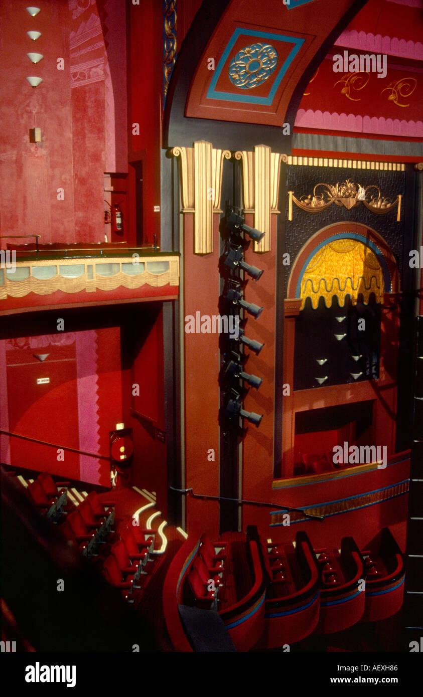 Prince Edward Theatre London gebaut 1930 innen entworfen von Marc ...