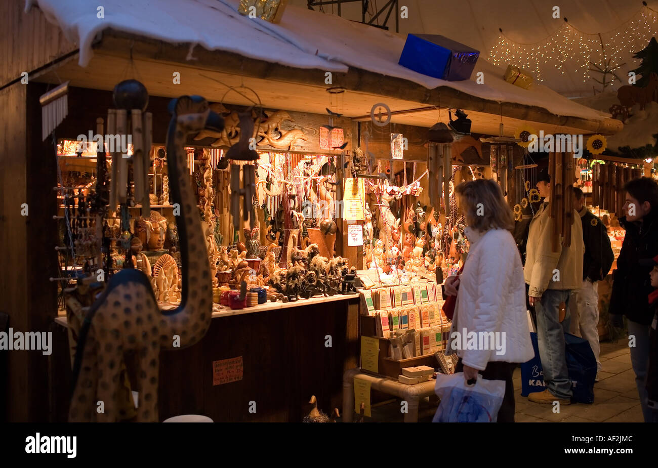 Frau Shopping Für Geschenke Weihnachtsmarkt Offenburg