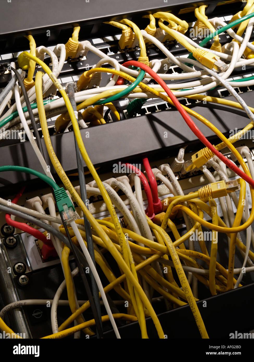 Nett Wir Draht Kabelunternehmen Ideen - Schaltplan Serie Circuit ...