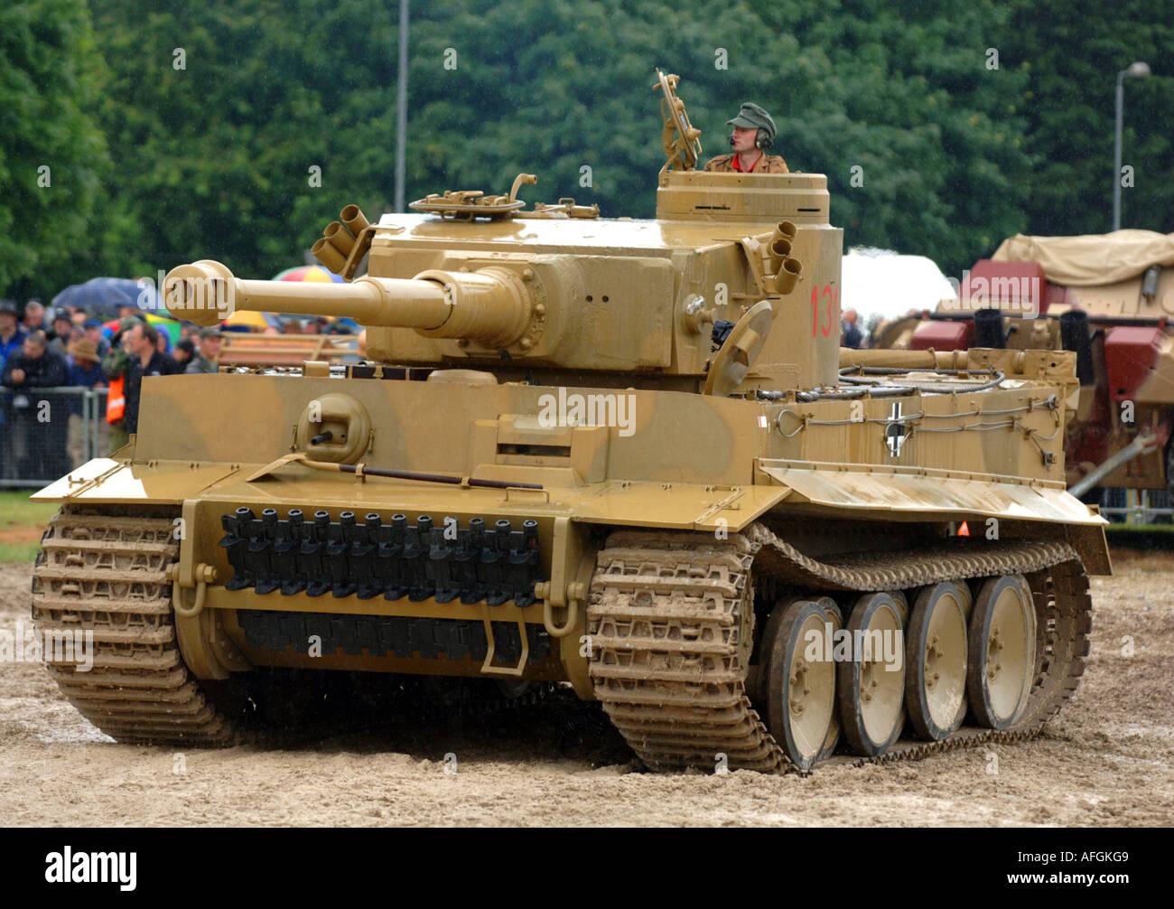 tiger panzer t131 deutsch stockfoto bild 7967304 alamy. Black Bedroom Furniture Sets. Home Design Ideas