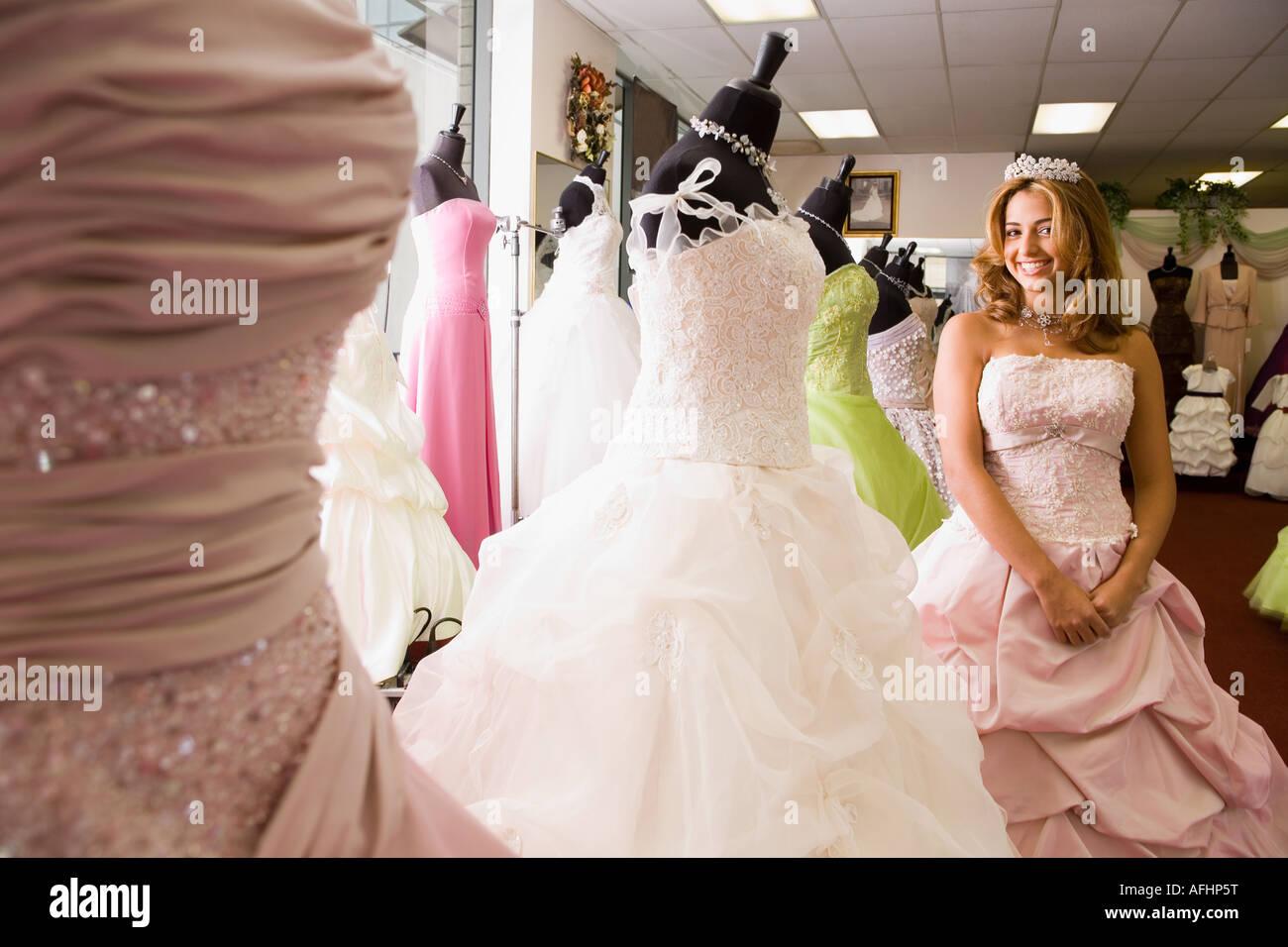 Großartig Partykleid Teenager Mädchen Fotos - Brautkleider Ideen ...