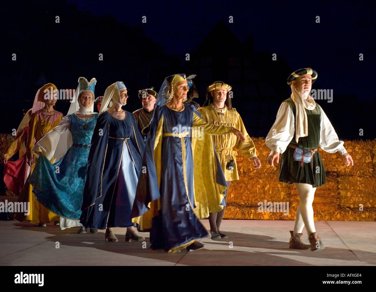 Mittelalterliche Tänzer in Frankreich Stockbild