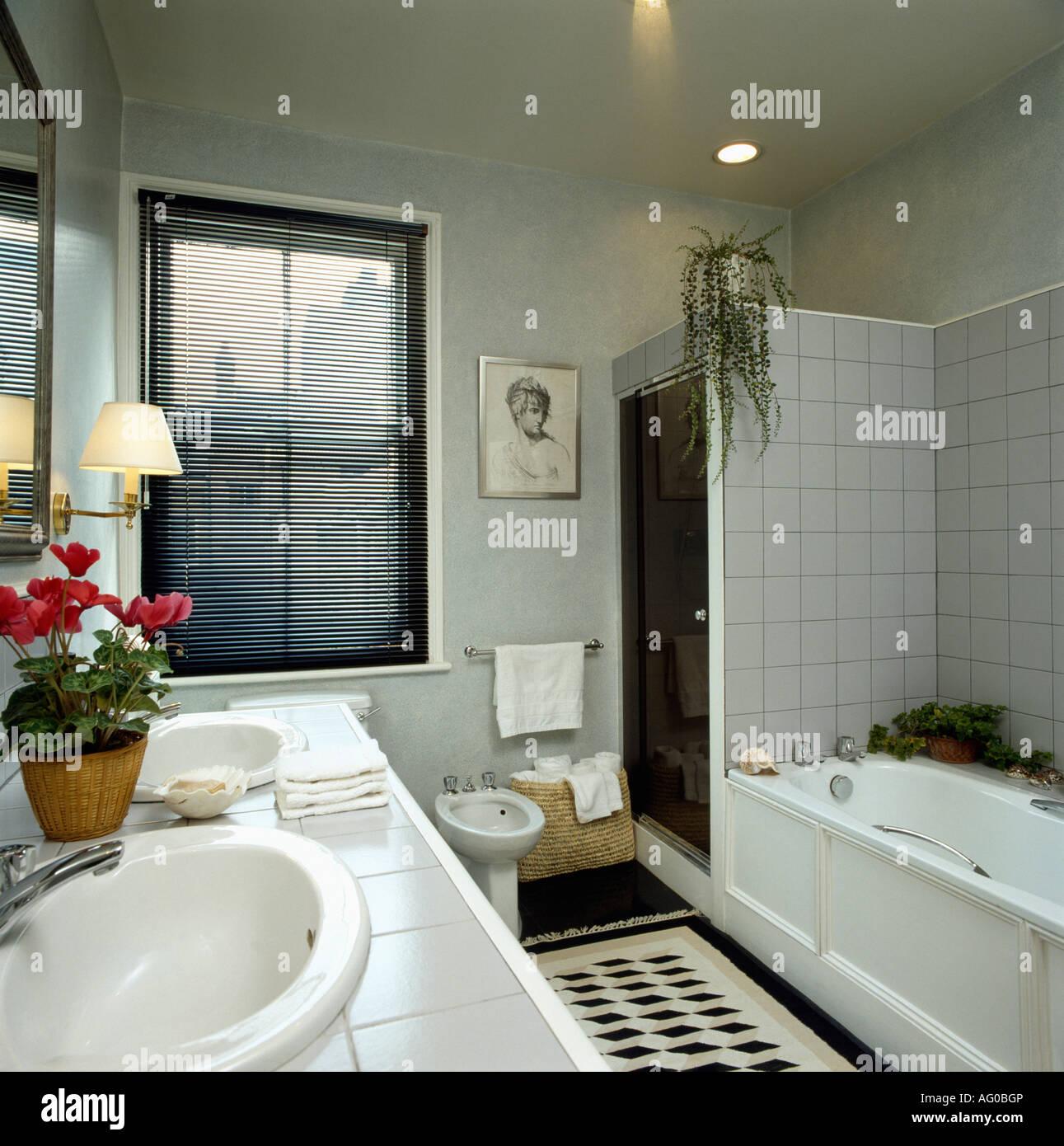 Fantastisch Bett Bad Und Darüber Hinaus Küche Teppiche Bilder ...
