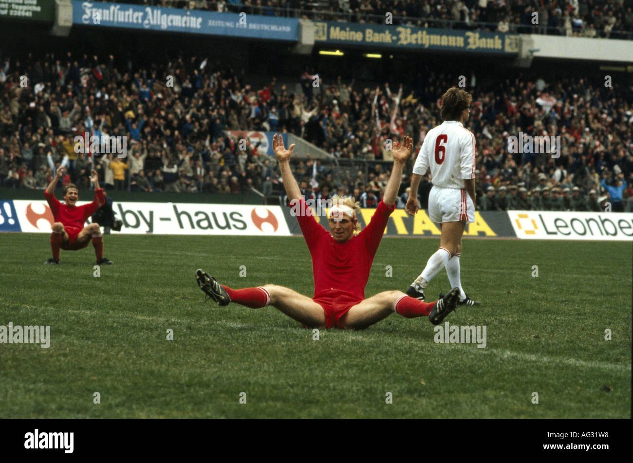 Hoeneß, Dieter, * 7.1.1953, deutscher Sportler (Fußball/Fußball), volle Länge, DFB-Finale Fc Stockbild