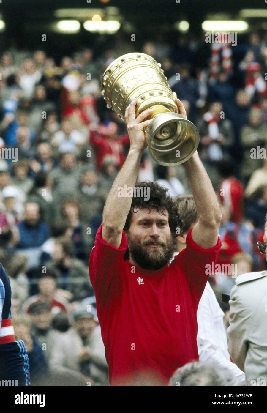 Breitner, Paul, * 5.9.1951, deutscher Sportler (Fußball/Fußball), halbe Länge, DFB-Finale Fc Bayern Stockbild