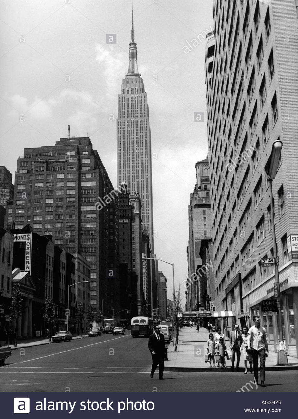 empire state building new york 1950s stockfotos empire. Black Bedroom Furniture Sets. Home Design Ideas