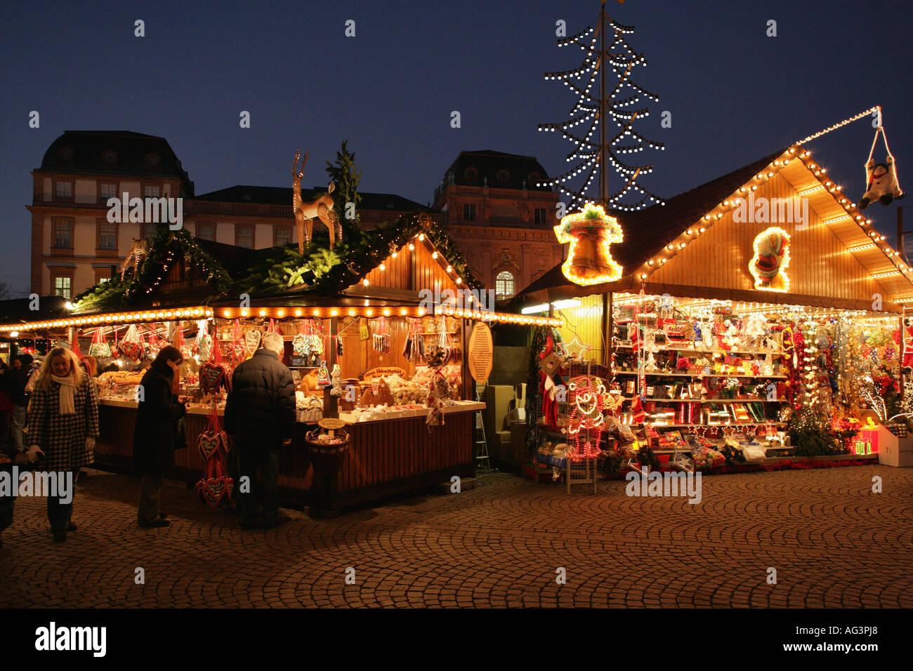 weihnachten christkindlmarkt weihnachtsmarkt marktplatz. Black Bedroom Furniture Sets. Home Design Ideas