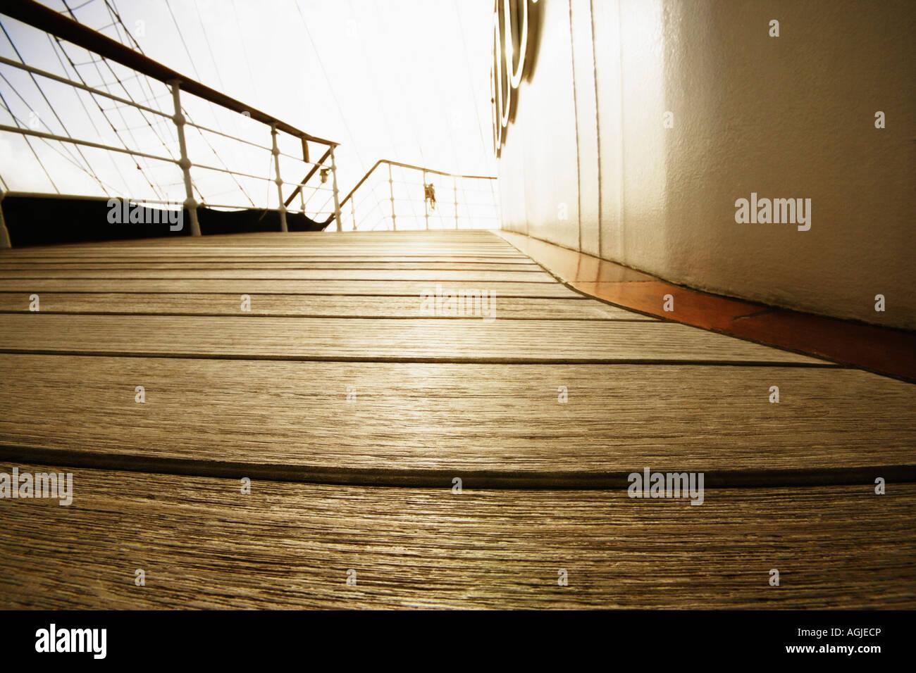 Deck eines Segelschiffes Stockbild