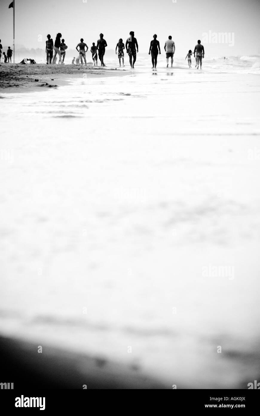 Am Meer. Menschen Stockbild