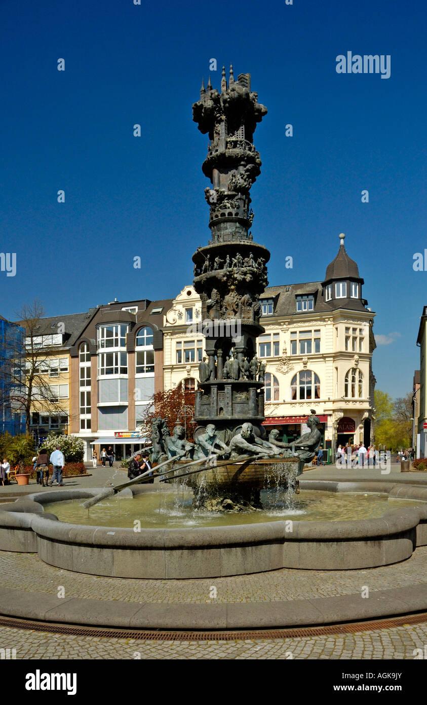 Koblenz Geschichte Spalte Brunnen, Deutschland.